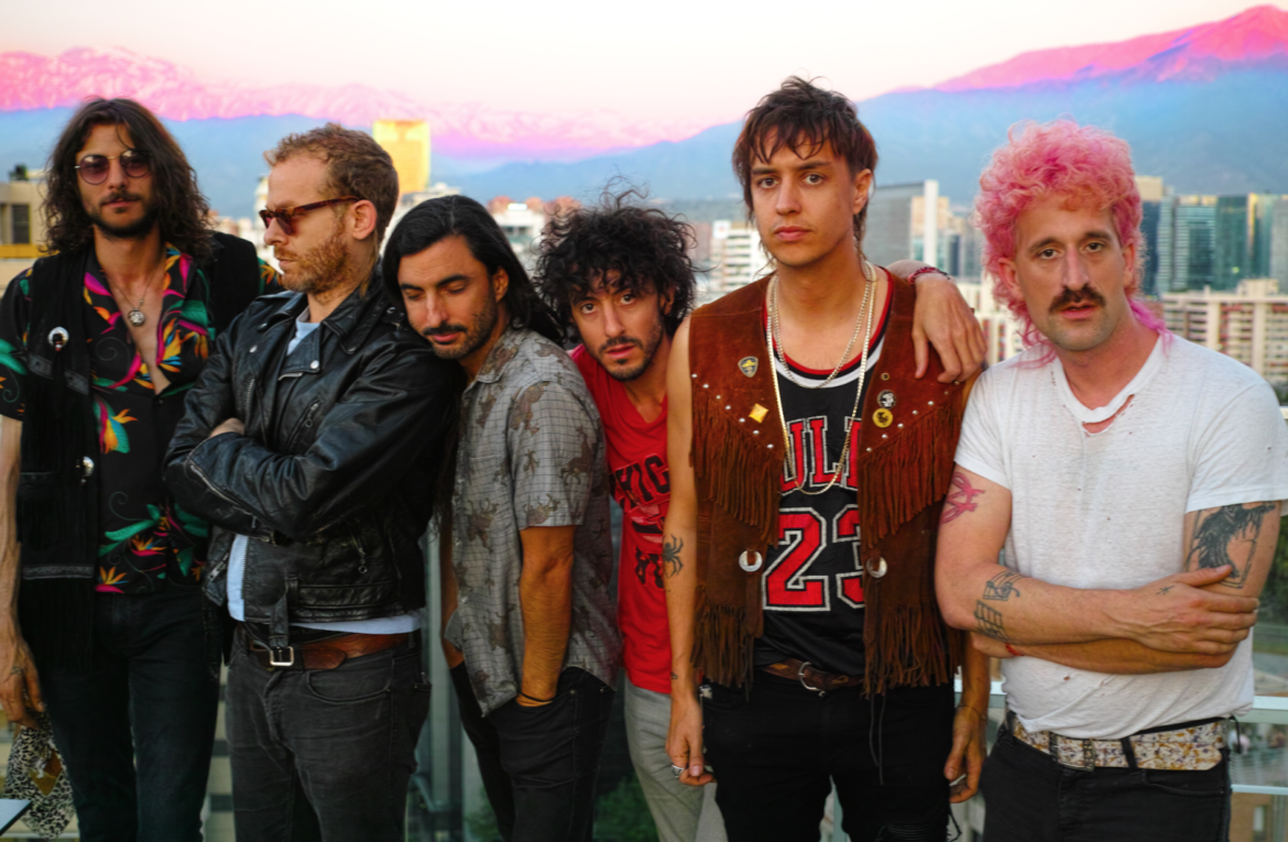 Cover navideño de The Voidz