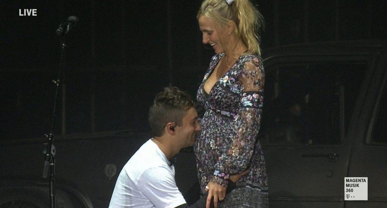 Tyler Joseph anuncia que Jenna está embarazada